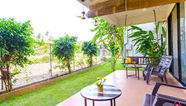 Bougainvillea-lake-view-tuli-suites