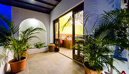 Bougainvillea-Suite-Room4